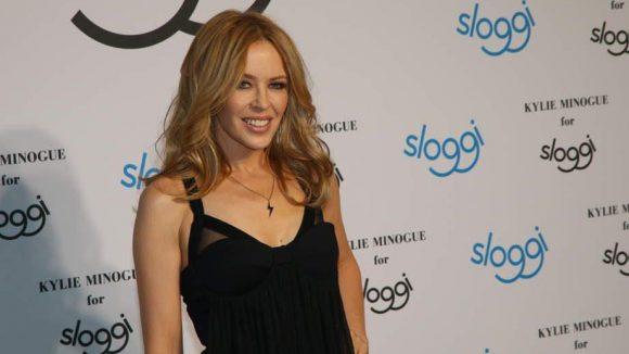 Ihre 46 Jahre sieht man Sängerin Kylie Minogue wirklich nicht an.