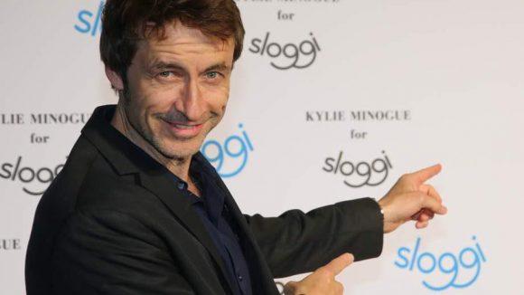 Ob Schauspieler Guido Broscheit sich mit sloggi auskennt?