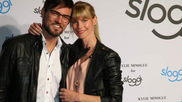 """Auch ein hübsches Paar, diesmal ein echtes. Tenor Tobey Wilson mit """"seiner"""" Sabrina Gehrmann."""