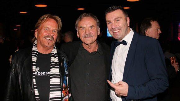 Nochmal Zander. Diesmal mit Produzent Curt Gerritzen und dem Gastgeber des Abends, Paolo Masaracchia vom MOA Hotel (v.l.).
