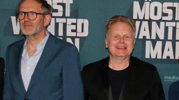 Auch einige Deutsche spielen in dem Film mit, darunter Herbert Grönemeyer (r.), der sich zudem auch um die Musik kümmerte.