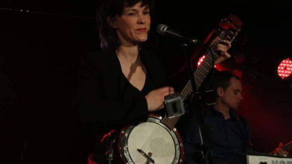 Schließlich gab die Berliner Sängerin Toni Kater noch ein Record Release Konzert im Bi Nuu.