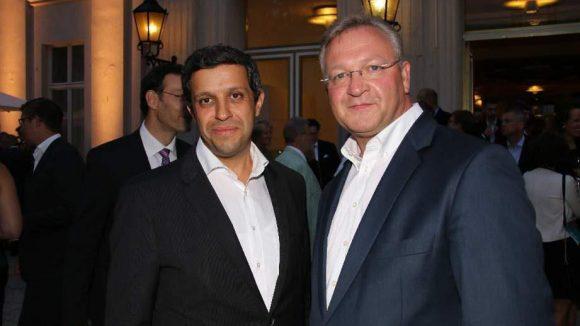 Werden hier schon künftige Ränke geschmiedet? Der SPD-Politiker und mögliche Wowi-Nachfolger Raed Saleh mit Frank Henkel von der CDU.