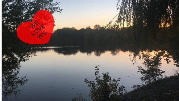 Wie romantisch! Im Sonnenuntergang am Weißen See spazieren und laue Sommernächte genießen.