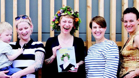 Sophia Hoffmann lässt in ihrem Podcast acht spannende Vegan Queens aus ihrem zweiten Kochbuch zu Wort kommen.