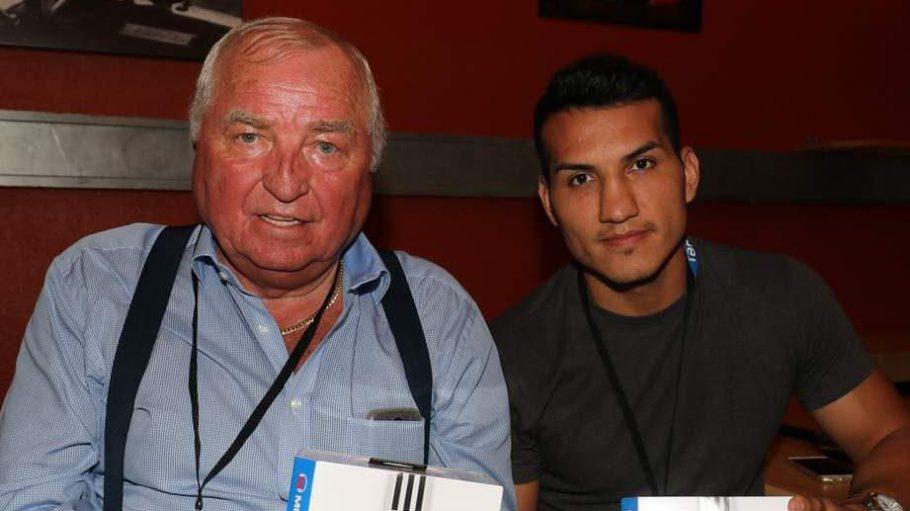 """Zur Deutschland-Premiere von """"Southpaw"""" ließ sich zwar keiner der Filmstars in Berlin blicken, aber zumindest diese beiden Herren, die Boxfans kennen dürften: Trainer-Legende Ulli Wegner (l.) mit einem seiner Schützlinge, Halbmittelgewichtler Jack Culcay."""