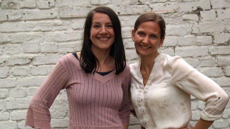 Die Herausgeberinnen Ute Gliwa (l.) und Janina Gatzky.