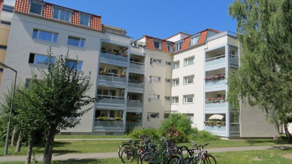 ... und frischen Neubauten hat Lankwitz jede Menge Grün zu bieten.