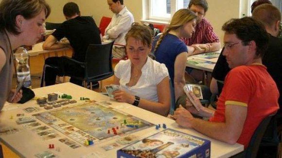 Nettes Publikum beim Pankower Spielefest.