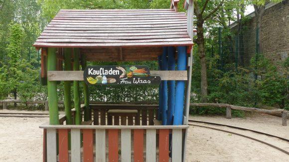 Mit viel Liebe zum Detail wurde der Spielplatz Lummerland gestaltet.