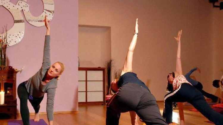 Gut für Körper und Geist: Yoga im Spirit Yoga