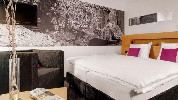 Die Zimmer sind modern-gemütlich eingerichtet.