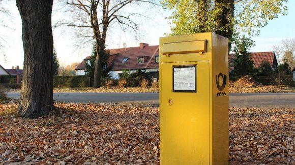 Tatsächlich: An der im Zentrum der Siedlung gelegenen Ortnitstraße gibt es einen Briefkasten.