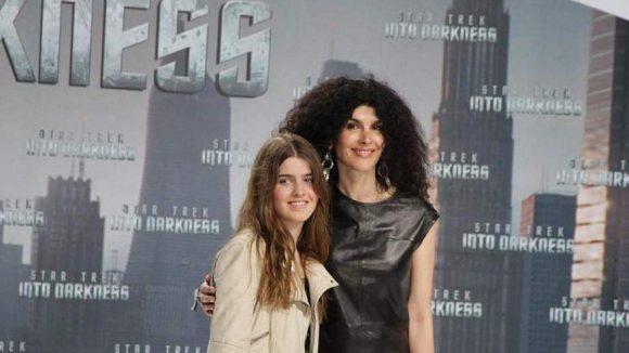 Janine White, die 'Ex' von Musikproduzent Jack White, kam mit ihrer Tochter zur Premiere.