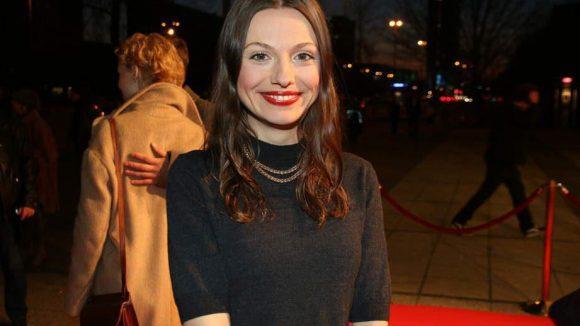 """Außerdem dabei: Julia Hartmann (""""Alles ist Liebe"""" lief 2014 in den Kinos) ..."""