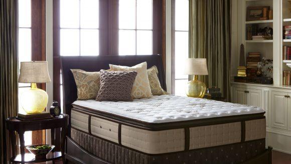 Auf den Matratzen der amerikanischen MarkeStearns & Foster liegt man wie auf Watte. Wer mag, kann sie im neu eröffneten Sleepz-Showroom ausprobieren.