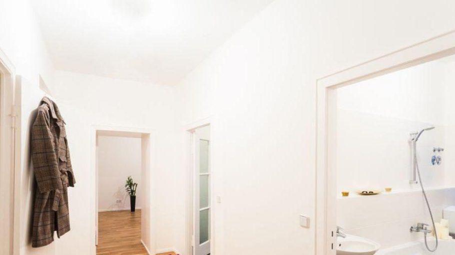 Diese Wohnung am Strausberger Platz schreibt die Skjerven Group in einer Lotterie aus. Aber als potenzieller Mieter darf nicht jeder kommen - da muss was Dynamisches und Kreatives rein.