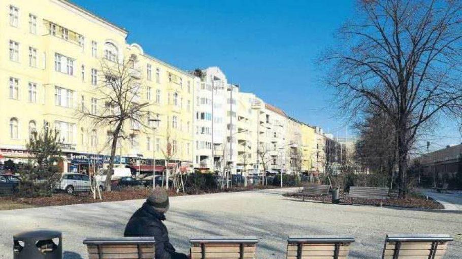 """Der Stuttgarter Platz in Charlottenburg: Wenn ein Anwohner des """"Stutti"""" einen Spaziergang unternimmt, dauert es oft nicht lange, bis er einen Bekannten trifft."""