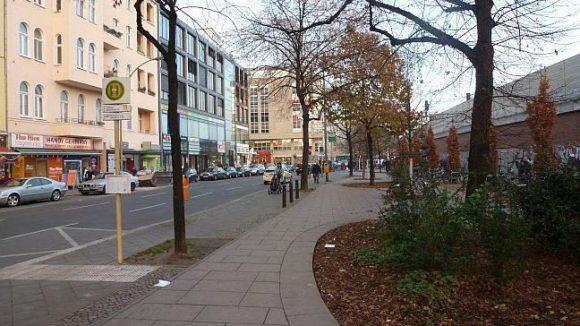 Auf den ersten Blick ganz harmlos: Der Stuttgarter Platz am Bahnhof Charlottenburg.