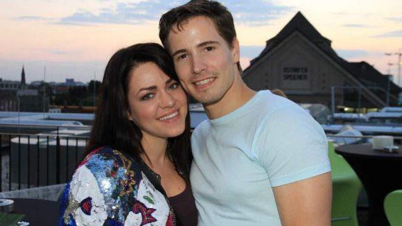 Martin Goeres kam mit seiner Freundin, der Stylistin Johara Raukamp.