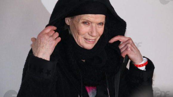 Ebenso wie Supermodel Veruschka Gräfin von Lehndorff.