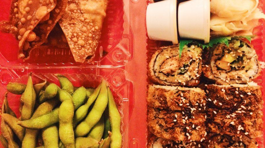 Nicht nur Resto-in liefert dir richtig gutes Essen in die Stube.