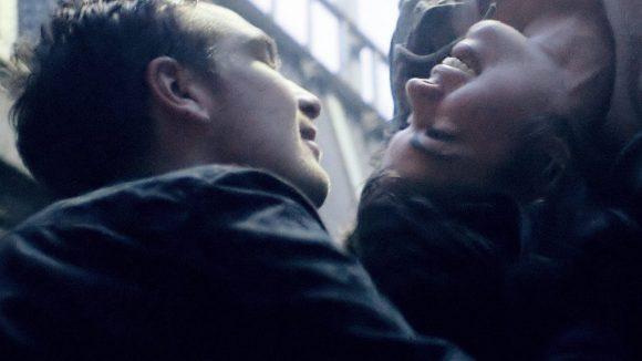 """Im Berlinale-One-Shot-Hit kommst du nicht nur der Titelheldin """"Victoria"""" (Laia Costa) und ihrem Schicksalsgefährten Sonne (Frederick Lau) sehr, sehr nah."""