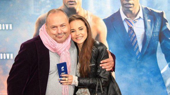 Szenetürsteher Frank Künster mit Prinzessin Julia Felicitas von Anhalt.