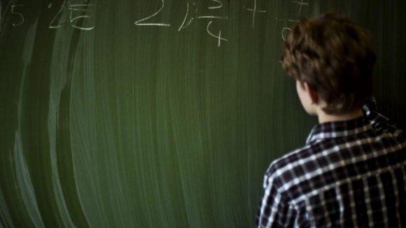 Macht kaum einem Schüler Spaß: Rechnen vorne an der Tafel.