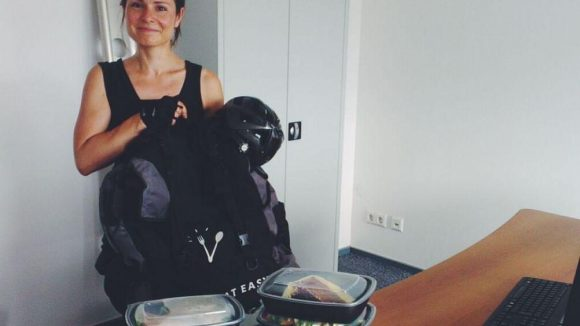 Unsere Lieferheldin: Natalie fährt für Take Eat Easy.