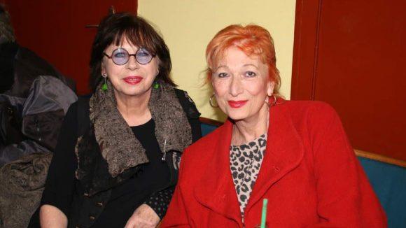 ... Mutter Monika Hansen (l.), hier mit der französischen Schauspielerin Zazie de Paris zu sehen.