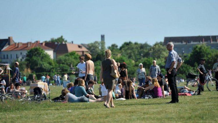 Mehrere Tausend Besucher strömten am gestrigen Sonntag auf das schönste Feld der Stadt.