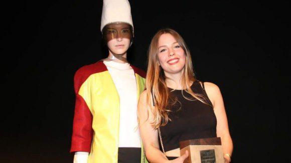 Einen Preis gab es am Ende der Fashion-Show auch. 1000 Euro gehen an Constanze Luise und ihr Label Calcuehl.