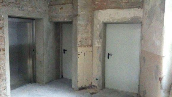 Hinter den schweren Kellertüren verbergen sich Suiten, die für Events gemietet werden können.