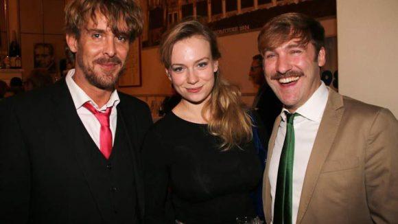 Weitere zufriedene Gäste (v.l.): Gunnar Solka (Lindenstraße), die Freundin von Stefan Jürgens - Helene Stupnicki und Benjamin Gesing.