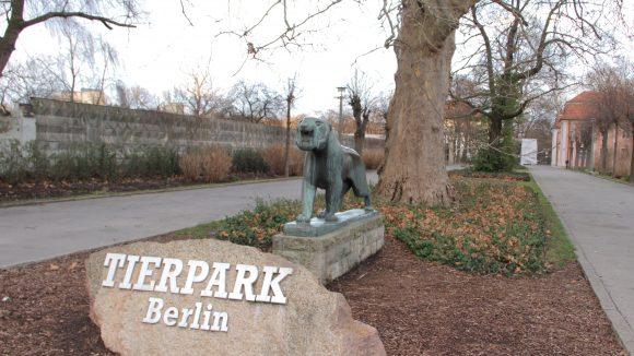 Der Tierpark in Berlin-Friedrichsfelde ist der flächenmäßig größte Tiergarten Europas.