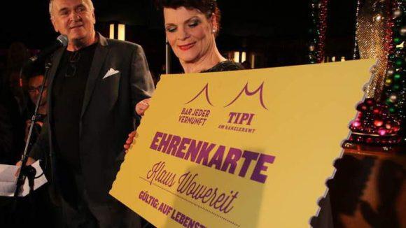Vom Tipi-Chef Holger Klotzbach gabs noch eine Dauerkarte.