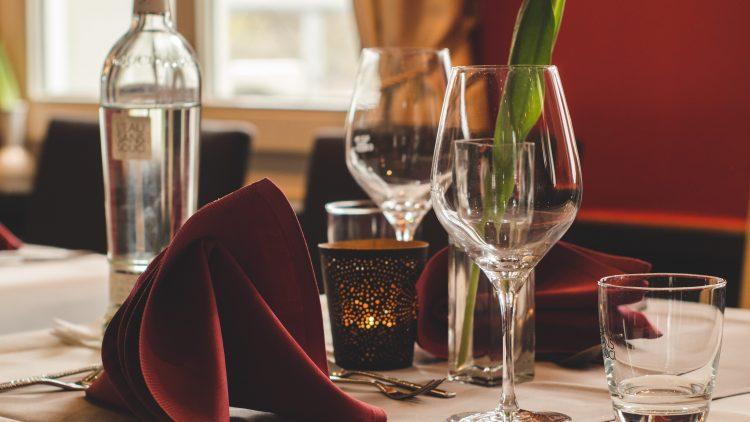 Ob feine türkisch-orientalische Speisen, exotische Thai-Spezialitäten oder kalorienreiche US-amerikanische Küche: In Reinickendorf wirst du mit Sicherheit satt.