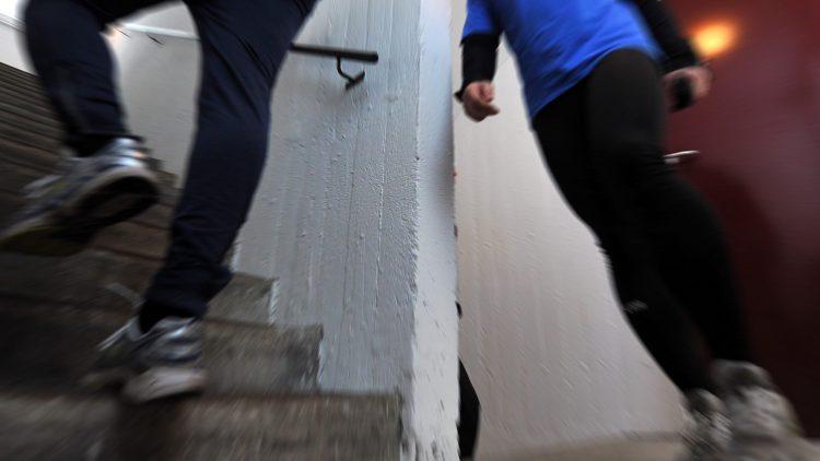Beim 15. Berliner Tower-Run kann man sich so richtig sportlich verausgaben.