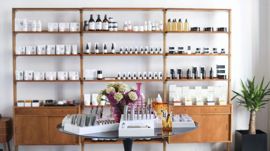 Rundum hübsch machen lassen kannst du dich im neuen Treat Collection Beauty Loft.