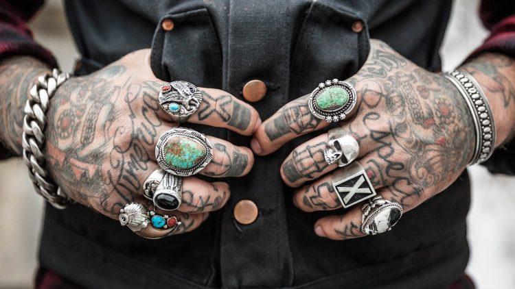 Beim schönen Tattoo kommt es aufs Detail an.