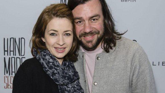 Sie feierten auch mit: TV-Star und Sängerin Loretta Stern und ihr Mann Matti Klemm (Sprecher aus der ARD-Sportschau).