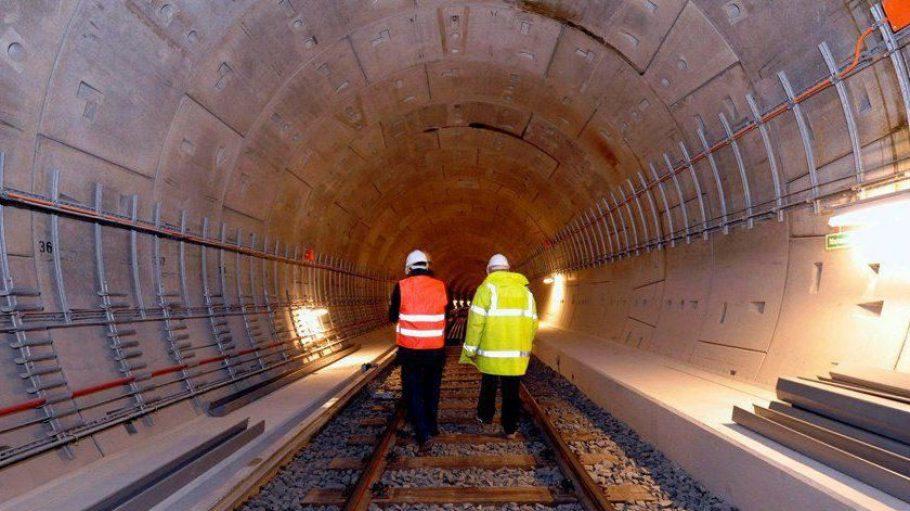 Damit die Tunnel der U55 trocken bleiben, müssen Ingenieure dem Wasser unter der Hauptstadt Herr werden.