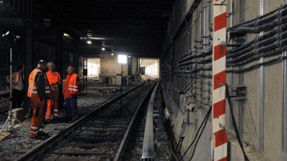 In den Tunneln der U 2 wird in den kommenden Wochen gewerkelt.