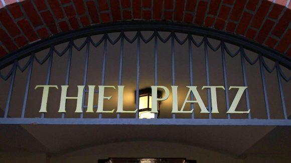 """Ein neuer Name? Den U-Bahnhof Thielplatz gibt es seit 1913, die FU und der Bezirk wollen ihn umtaufen in """"Freie Universität""""."""