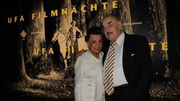Filmproduzent Artur Brauner kam mit seiner Frau Maria zur Filmnacht. Am 1. August ist er 95 Jahre alt geworden.