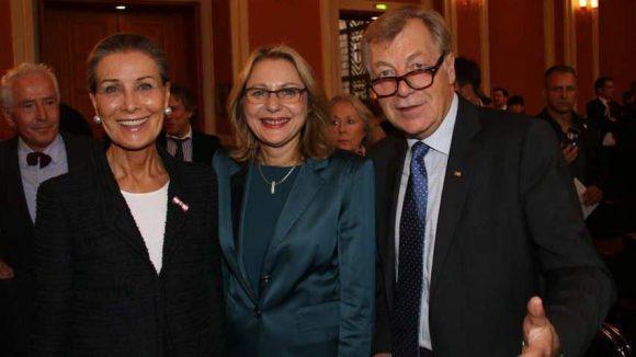 Unter den Gästen waren Unternehmerin Maren Otto (l.), Senatorin Cornelia Yzer und CDU-Politiker Eberhard Diepgen, von 1991 bis 2001 Regierender Bürgermeister von Berlin.