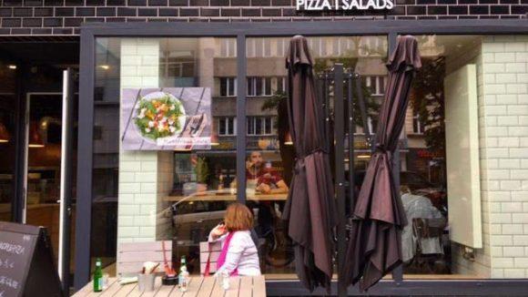 Kreative Rezepte, traditionelle Zubereitung: Die Pizzen im Vadoli sind knusprig und üppig belegt.