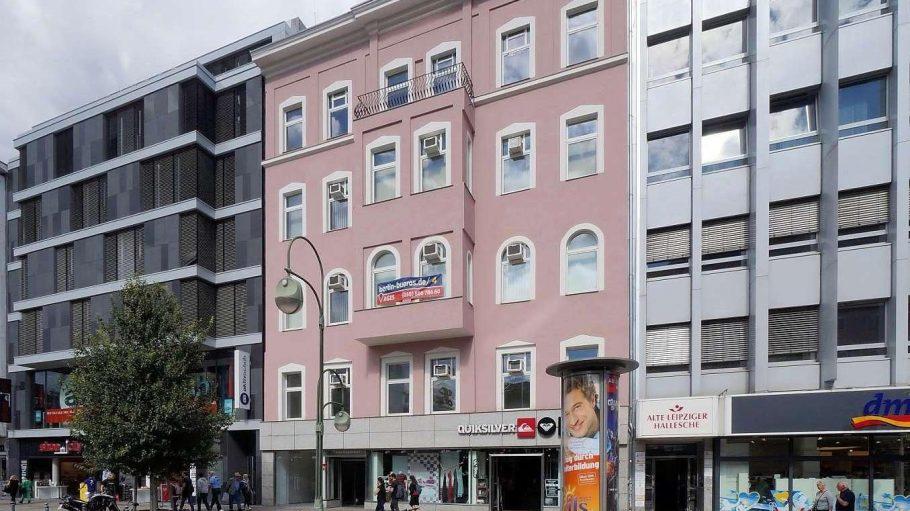 Verhandlungen geplatzt. In dieses Geschäftshaus an der Tauentzienstraße sollte das Erotikmuseum von Beate Uhse ziehen.