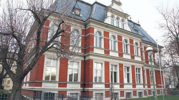 Das Museum Charlottenburg-Wilmersdorf hat in der etwa 130 Jahre alten Villa Oppenheim viel mehr Platz als früher.